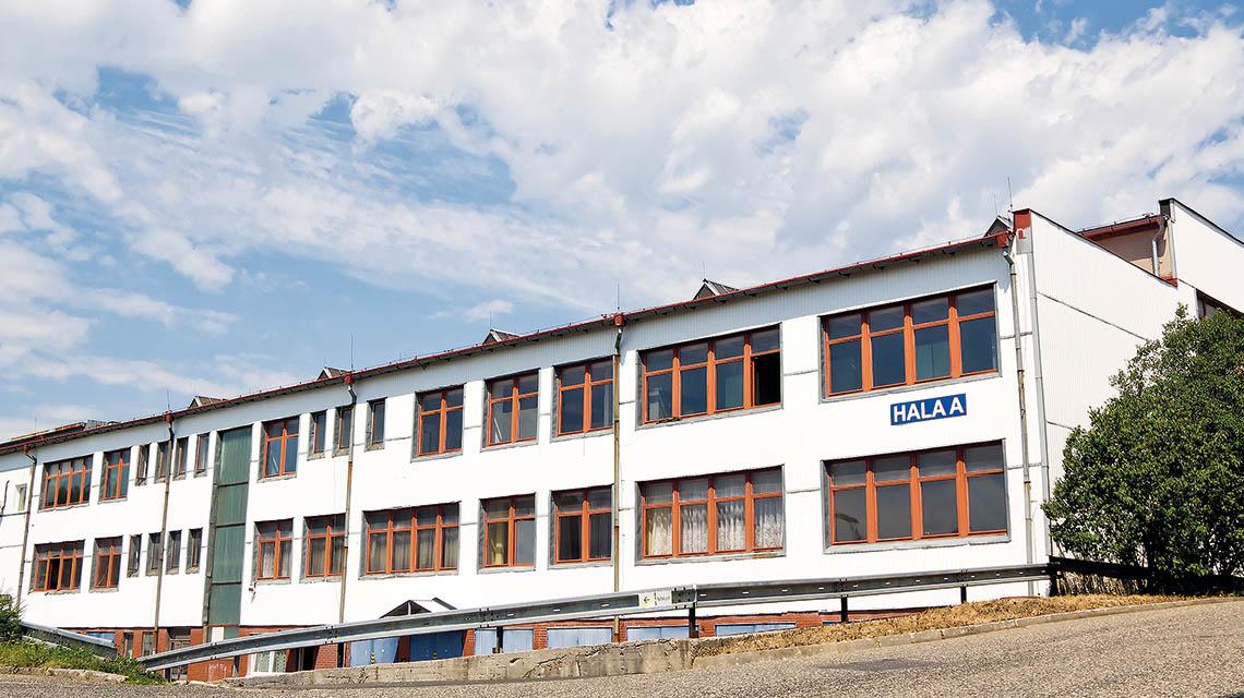 fotka výrobní haly Astos v Aši